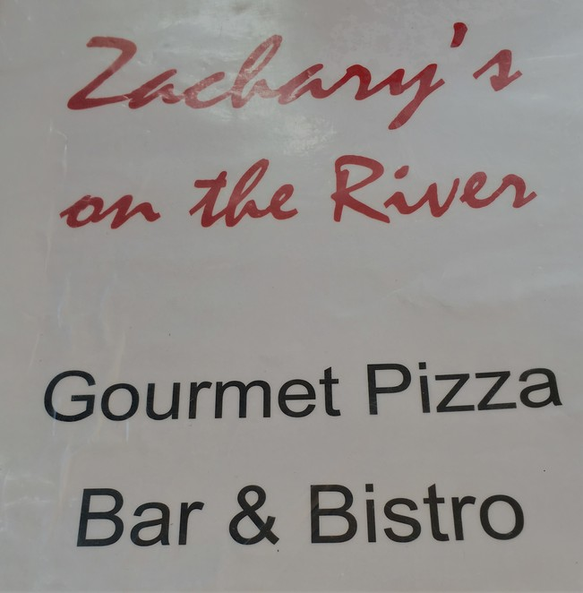 Zachery's restaurant pizza Sunshine coast