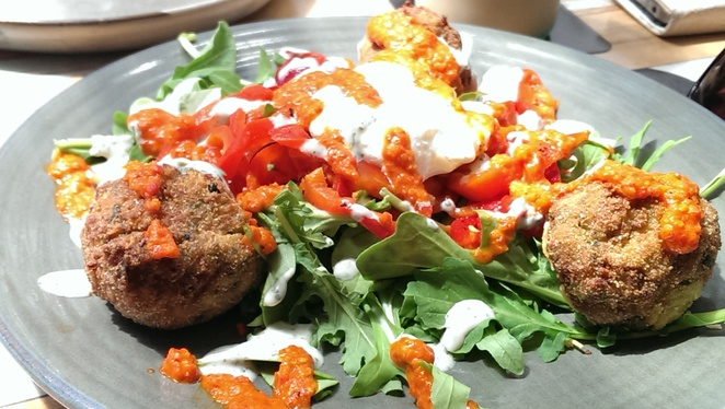 Zucchini and Haloumi Fritters, fritters, brunch, breakfast, haloumi, vegetarian,
