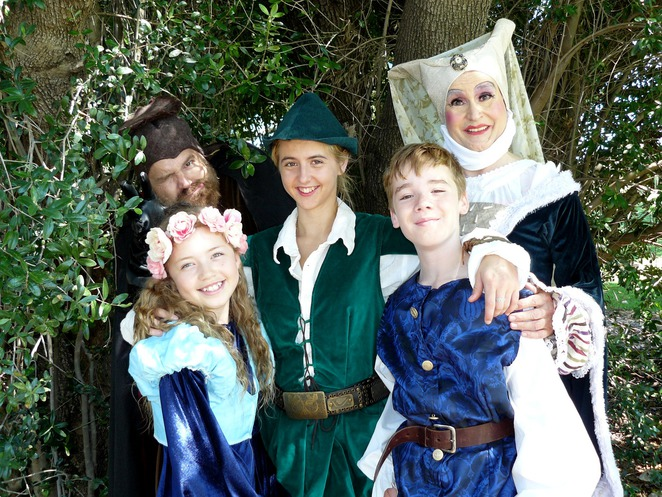 Babes in the Wood, pantomime, Roleystone Theatre, festive, Graduate Dramatic Society, GRADS, kids, children, family, performing arts