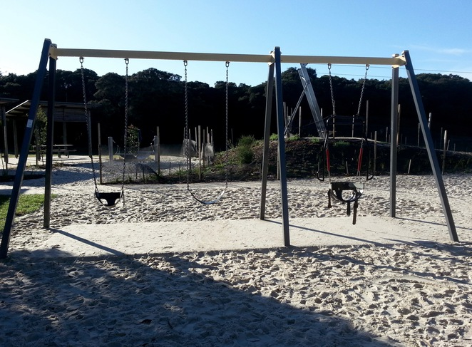 Barwon Heads Village Park, Pirate Park, Swings