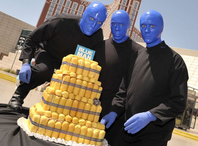 blue man group, blue man, twinkies
