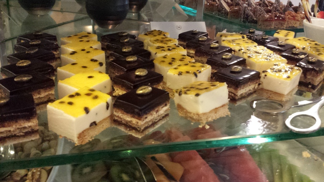 cheesecakes and chocolate mousse cakes