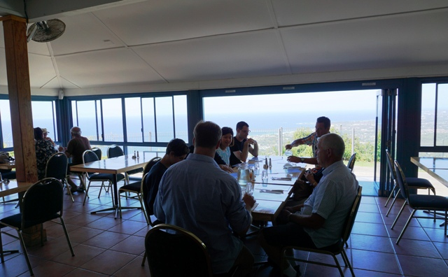 Cliffhanger Cafe & Restaurant, Cliff to Coast, Cafes, Bulli Lookout