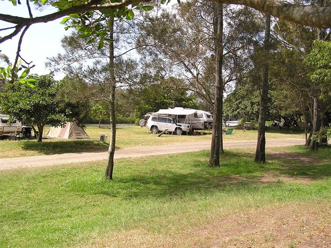 gumma reserve, crossing, nambucca, camp, nsw