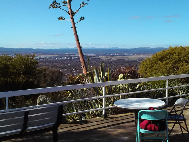 Little brother cafe, red hill lookout, canberra