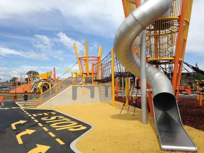 moncrieff community playground, canberra, outdoor, summer, biggest playground in canberra, best, playgrounds, family, kids, children, outdoor, parks, picnic spots, outdoor exercise equipment, bike paths, BBQ areas,