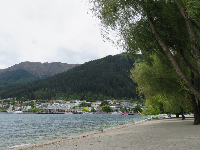 Queenstown, Lake Wakatipu, cafe, dinner, lunch, coffee,