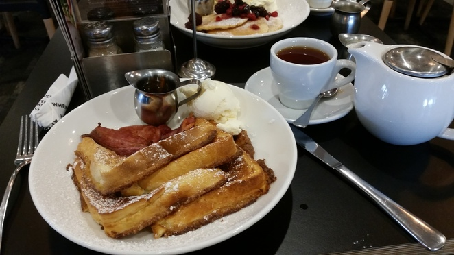 The Coffee Club, French Toast, Bacon