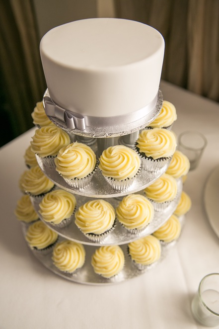 Ab Fab cakes, wedding cup cakes