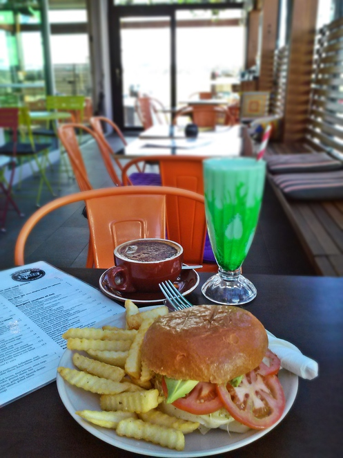 box diner, cafe, fyswhick, canberra, ACT, breakfast, lunch, coffee, diner, american food,