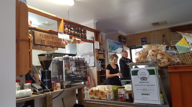 The Owner, Linda's Billy Tea Rooms