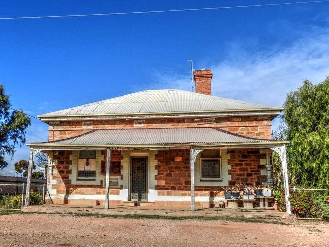 hammond, ghost towns in australia, ghost towns, south australia, abandoned places, flinders ranges, australia, peterborough, quorn, hammond post office
