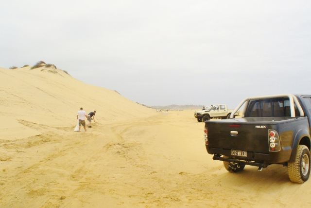 HiLux blacksmiths beach 4wd 4x4