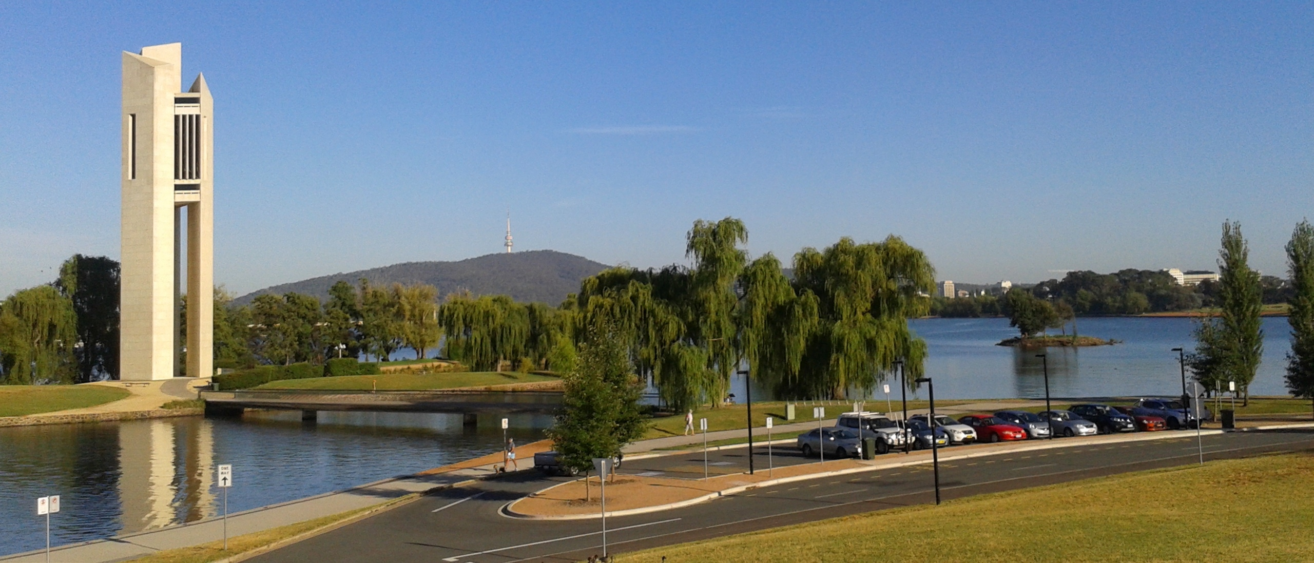 Quick guide 25 things to do around lake burley griffin canberra lake burley griffin canberra national carillon act aspen island kings park ccuart Image collections