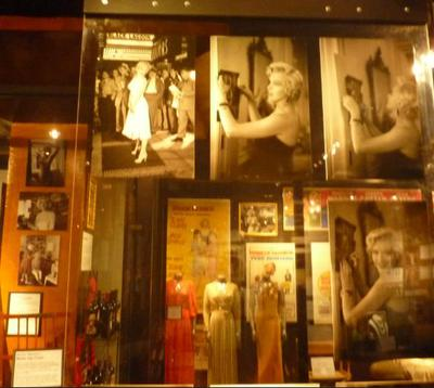 marilyn monroe outfits