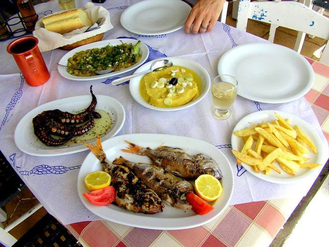 Best food in Santorini