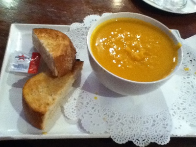 pumpkin soup, sour dough, sourdough, cafe le net