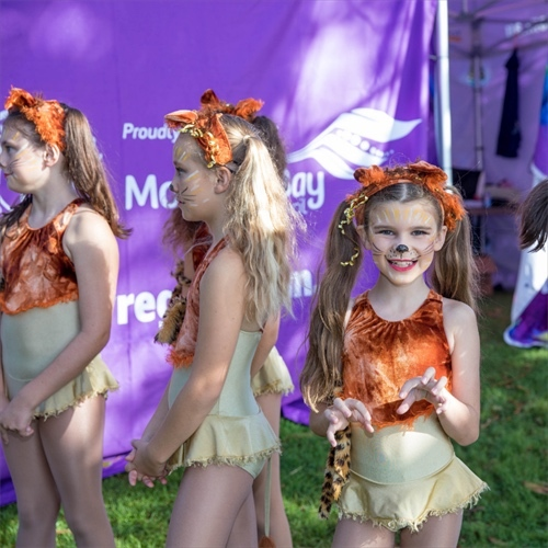 Redcliffe Festival of Sails 2019, Suttons Beach, Brisbane to Gladstone Yacht Race, sky-diving Easter Bunny, Beach Zone, FREE beach activities, Easter egg Hunt, kite making workshops, Sand Sculpture and workshop, Pop-Up ice cream Fair, Kids Zone, live entertainment, food courts, international cuisine, Love Handmade Lane, market stalls, carnival rides