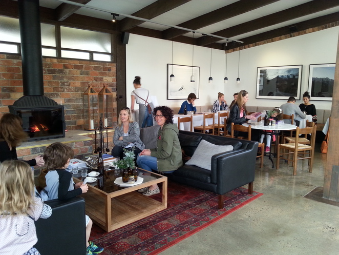 second home cafe gallery eltham breakfast brunch lunch licenced alistair knox design