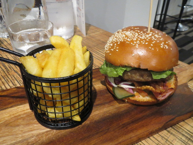 The Omni, Angus Beef Burger, Adelaide