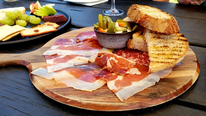 Yarra Valley, Winery, lunch, outdoors, platter, gourmet, casual, wine, food
