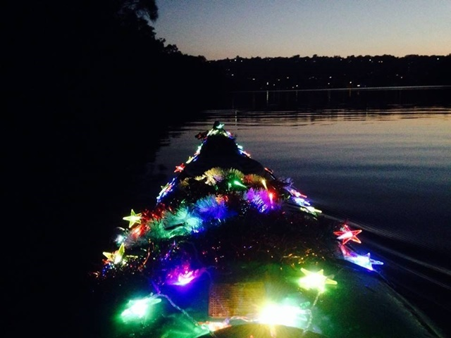 Decorated,kayak,for,Christmas,paddle