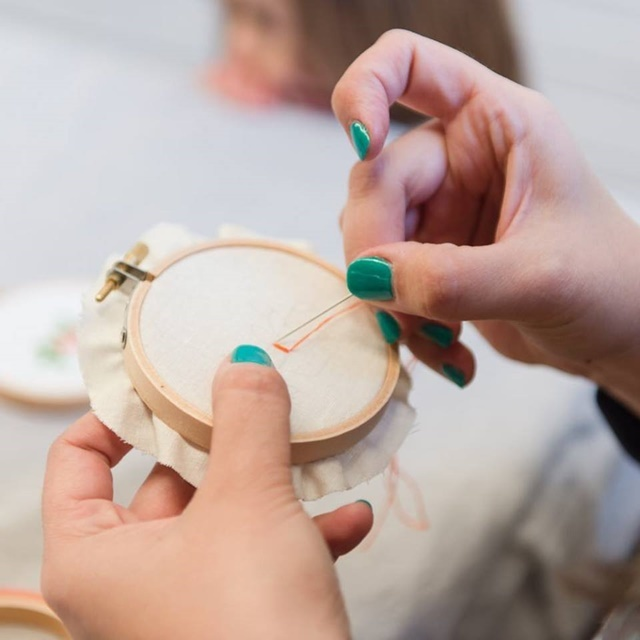 hoop,embroidery,workshop