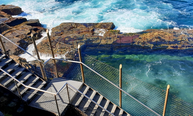 Newcastle, Bogey Hole, history, nature, beauty, free, environment, swimming, views, surf
