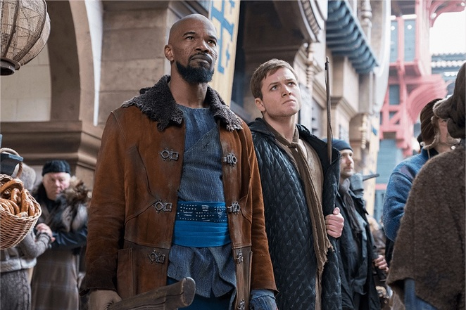 Robin Hood 2018 Film Review Movie Taron Egerton Jamie Foxx Little John