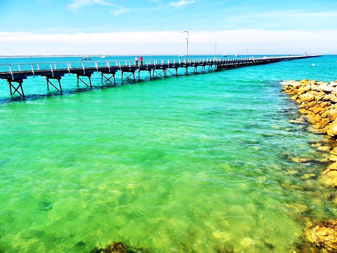 south australian regions, limestone coast, from adelaide to mount gambier, limestone coast wineries, dukes highway, naracoorte caves, beachport jetty, things to do in robe, coorong national park, beachport jetty
