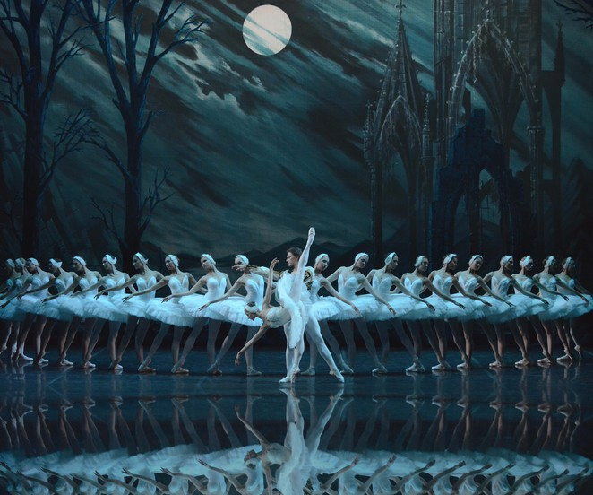 St Petersburg Ballet Swan Lake