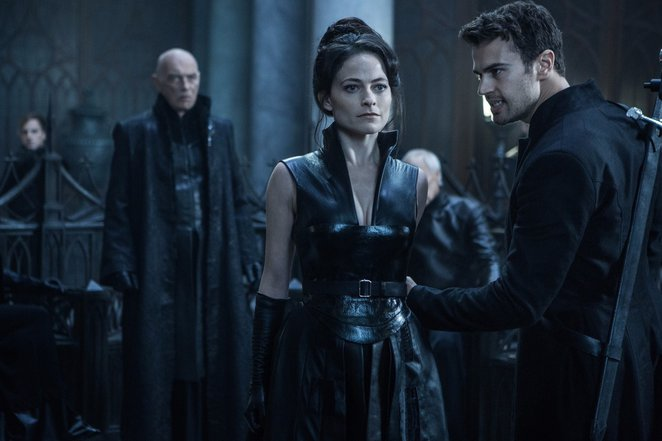 Underworld Blood Wars, movie, Underworld series Kate Beckinsale, New movie, vampire, lycan, SA, Adelaide, GU Film House, Film reviews, Action,