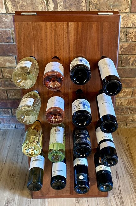 A wine selection - photo Kgbo