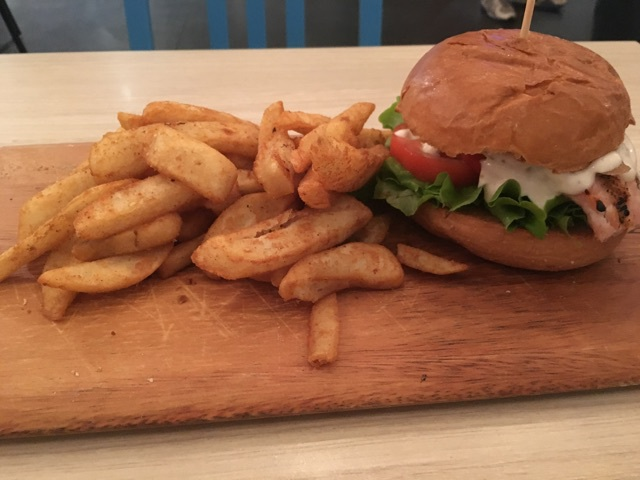 Beach House Bar and Grill Browns Plains Chicken Burger