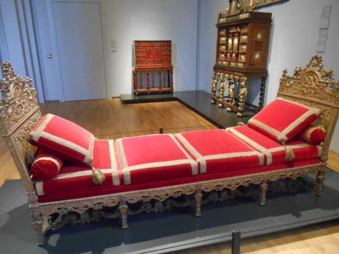 Chaise longue, Rijksmuseum furniture