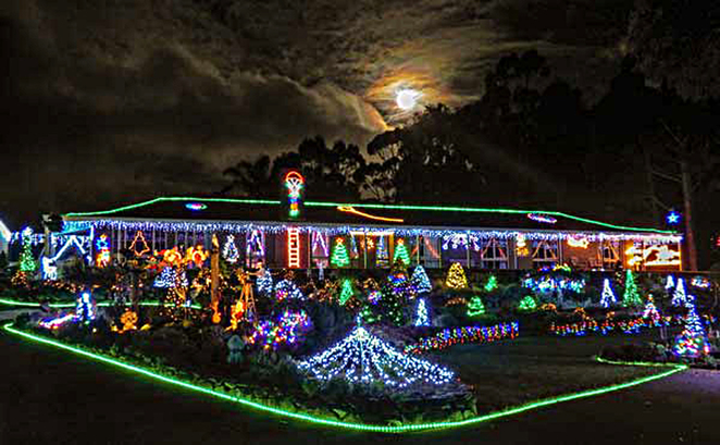 Christmas, Lane, Lights, Display, 2018, Lobethal, moon