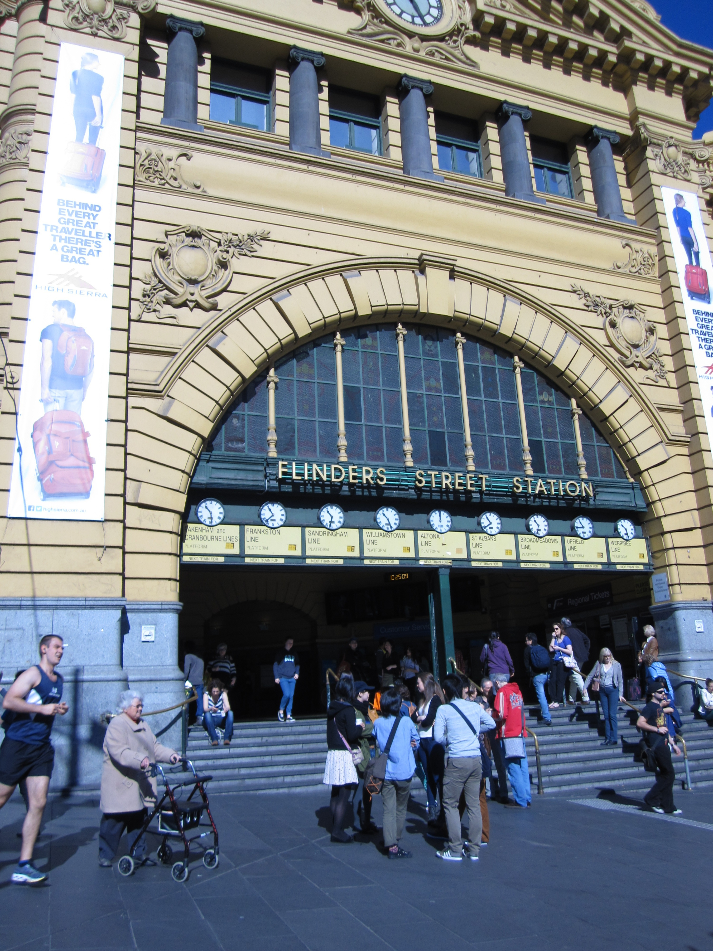 Meeting Under the Clocks in Melbourne - Melbourne