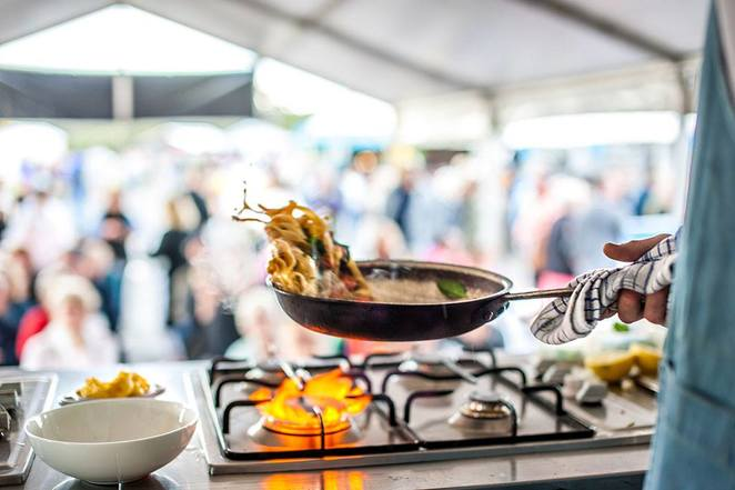 foodfestivals,weekendsaway, escapethecity,oysterfestivalsaustralia,naroomaoysterfestival2018,weekendnotessydney,thingstodoinmay