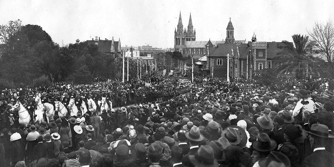 Sir Ross Smith Commemoration Service - Photograph courtesy of the State Library of South Australia align=