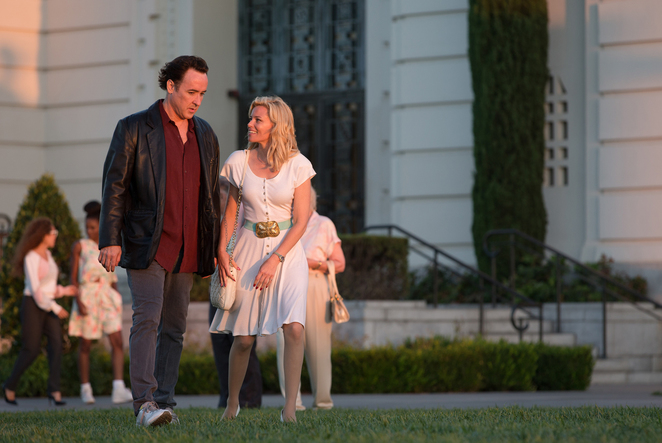 Love and Mercy John Cusack and Elizabeth Banks