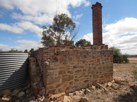 Ruins of the old bakery at Minnievale