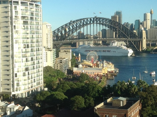 North Sydney Harbourview Hotel Sydney