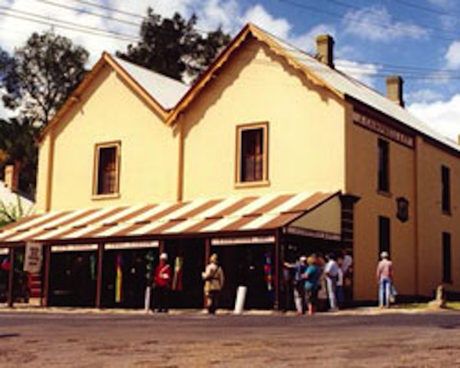 best country towns near sydney, best country towns new south wales, best day trips sydney, best things to do near sydney, countryside near sydney, small towns near sydney, best places to go near sydney, day escapes from Sydney, visit morpeth, day trip morpeth