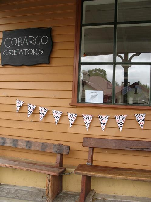 cobargocreative,craftsincobargo,craftchristmasgifts,craftworkshops,craftsinnsw
