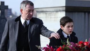 Gotham, Alfred consoles Bruce at his parent's funeral
