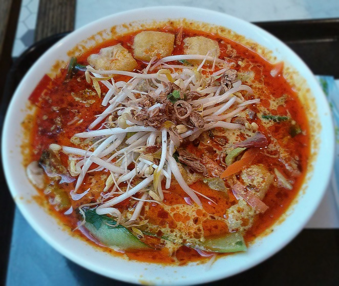 hokka hokka, laksa, canberra, best laksa, takeaway, ACT, lunch, dinner, canberra centre, majura park, franchise, hot,