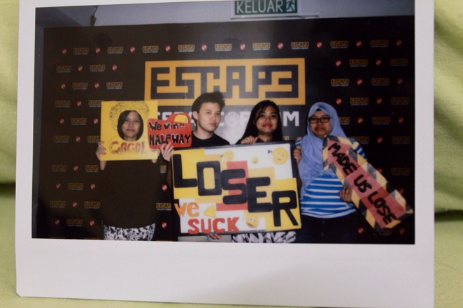 loser escape room e@curve
