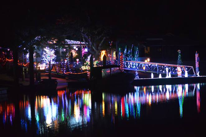 Mooloolaba Christmas Boat Parade, Mooloolaba Yacht Club, free spectator event, Best-dressed Boat, Best-dressed House, proceeds to STEPS, family favourite, family fun