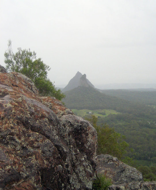 The top of Mt Ngungun has a rocky plateau with great views of the surrounding hills