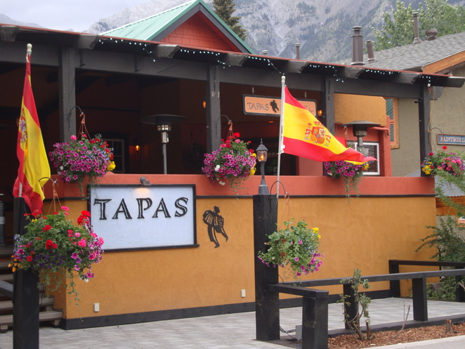 restaurant canmore,tapas,canmore restaurant,tapas canmore